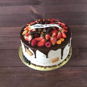 №391 Торт с ягодами